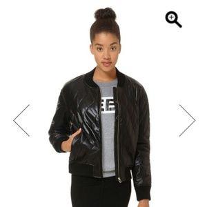 Aritzia Wilfred Luss Vegan leather jacket XS